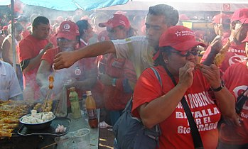 Chavismo paid with lunch