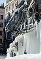 Cheval - fontaine de Bartholdi sous la glace.jpg
