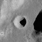 Ching-Te crater AS17-M-0795.jpg