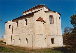 Konradsburg - Chancel of the old abbey church (in 2004)