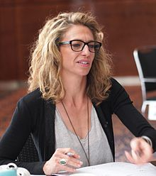 Claudia Black (8735904400) cropped.jpg
