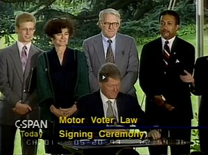 Frances Fox Piven - Image: Cloward and Piven at 1993 Motor Voter Signing Ceremony