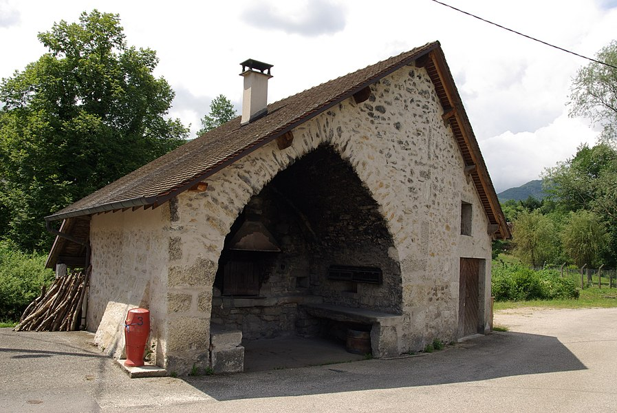 Banal oven in Colomieu (France, Ain)