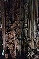 Columna en la Cueva de Nerja.jpg