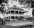 Commandant's quarters, Pensacola Navy Yard.jpg