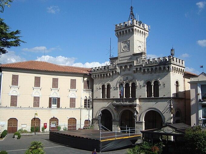 Comune di Fiuggi Municipio Agosto 2010