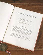 La Constitution française scellée