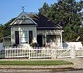 Cottage with Fence, Redlands, CA 8-5-12 (8218517370).jpg