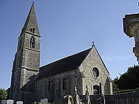 Coulombs,façade nord de l'église et portail occidental.JPG