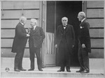 Council of Four of the Peace Conference. Mr. Lloyd George, Signor Orlando, M. Clemenceau, President Woodrow Wilson.... - NARA - 530791.tif