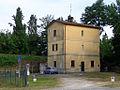 Cremona - casello ferroviario.JPG