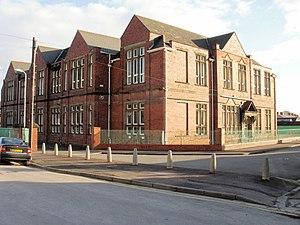 Crindau - Image: Crindau Primary School, Newport geograph.org.uk 1718307
