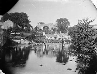 Crossing stones, Llansannan