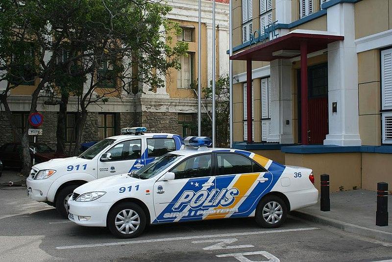 File:Curacao Police Policia de Curazao Korsou.JPG