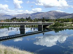 Deadmans Point Bridge Lake Dunstan Cromwell.jpg