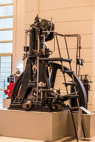 Diesel engine - Image: Dieselmotor Langen & Wolf, 1898