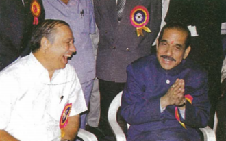 Manohar Joshi - Joshi with former BCCI vice-president Dnyaneshwar Agashe.