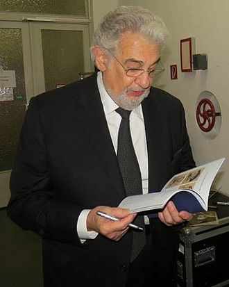 Plácido Domingo discography - At the backstage of Schiller Theater Berlin after Simon Boccanegra performance, on 8 May 2016.