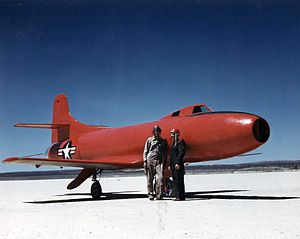 Marion Eugene Carl - Carl and Commander Caldwell with a D-558-1 at Muroc (1947)
