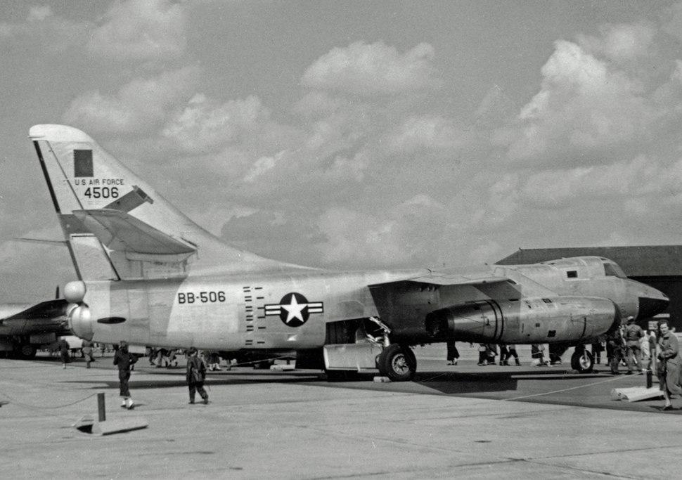 Douglas RB-66B 54-506 19 TRS Scul BWD 18.05.57 edited-2