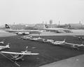ETH-BIB-Diverse Kleinflugzeuge am Boden in Zürich-Kloten-LBS H1-027156.tif