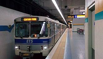 Edmonton Transit Service - An Edmonton LRT Siemens-Duewag U2 car at University station