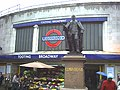 Edward VII statue outside Tooting Broadway tube.jpg