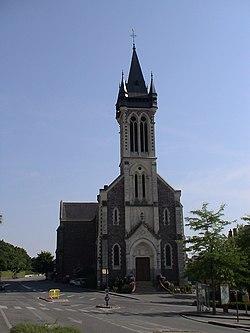 Eglise de Châteaugiron.JPG
