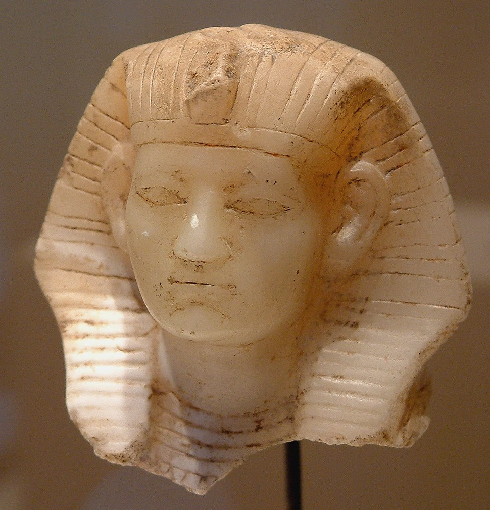 Egypte louvre 231 visage
