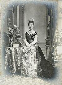 Empress Shoken2.jpg