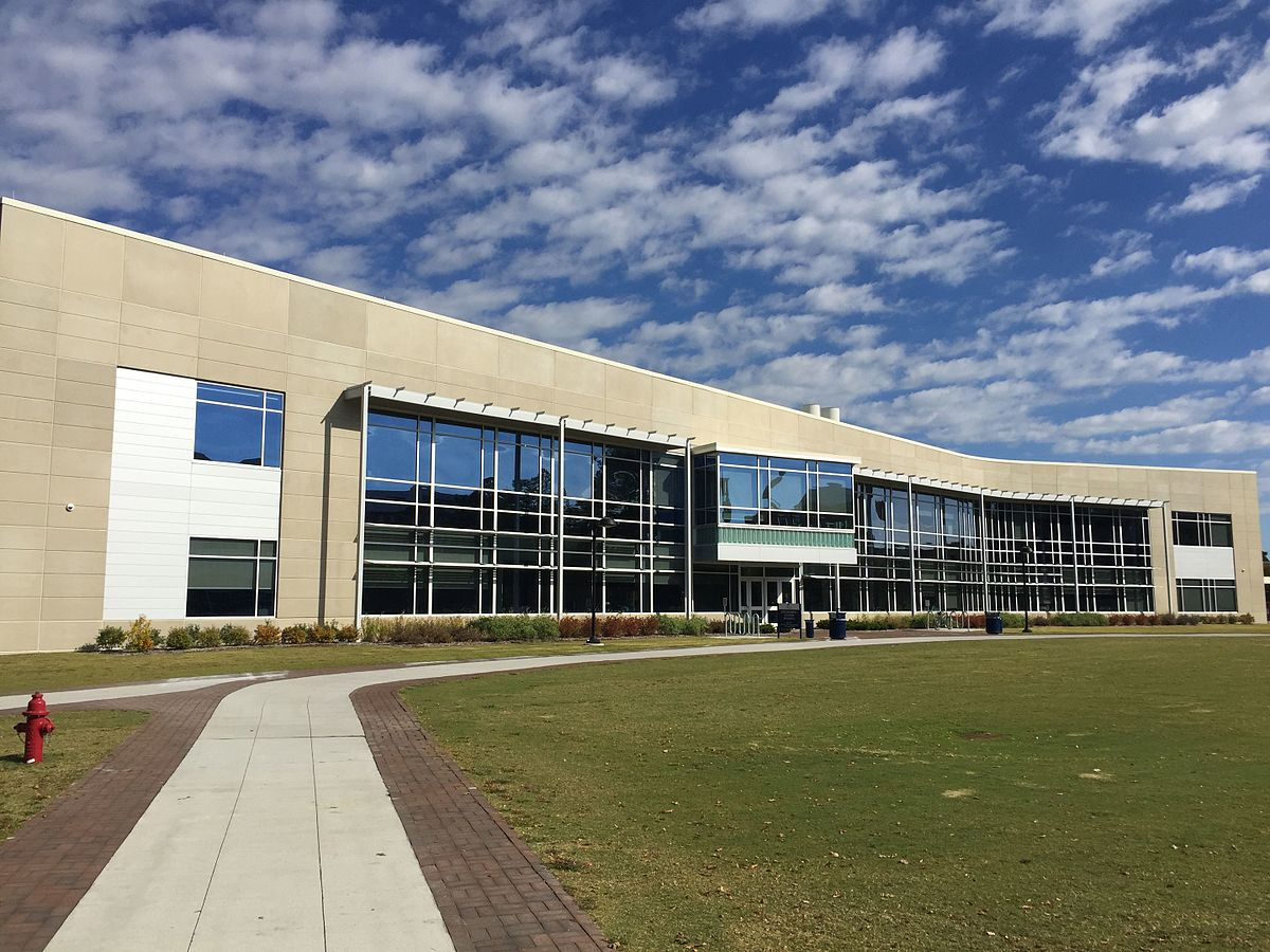 the college choice for a fresh student and the old dominion university Taylor has adjusted to living back east job at tradition-rich old dominion university in said it was fun to have a fresh approach in terms of.