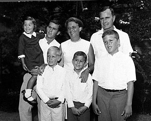 Early life of George W. Bush - George W. Bush with parents and siblings in the early 1960s. In the front row, from left to right, stand his younger brothers Neil Bush, Marvin Bush, and Jeb Bush In the back row are his younger sister Doro Bush, himself, his mother Barbara Bush, and father George H. W. Bush)