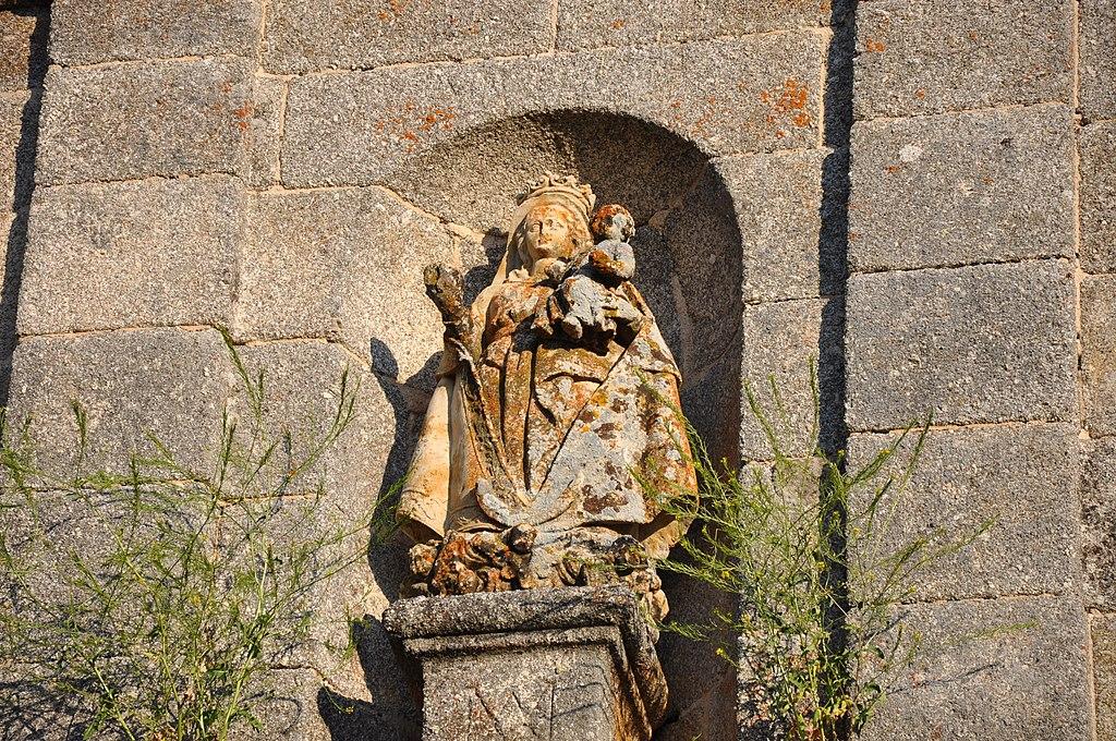 Ermita de las Fuentes-virgen 1.jpg