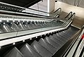 Escalators Valkea Oulu 20171204.jpg