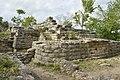 Esquina redonda, Pirámide Habuk, Izamal, Yucatán. - panoramio.jpg