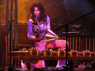 Evelyn Glennie - Glennie at Moers Festival 2004