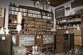 Farmacia Tradicional (3845247083).jpg