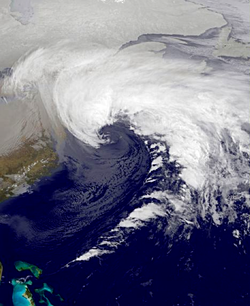 February 2013 Nor'easter 8 Feb 2245z.png