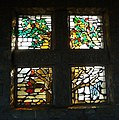 Fenster an der Friedhofskapelle - panoramio.jpg