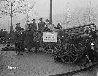 Field gun - German field guns captured by the NZEF displayed in London, 1918