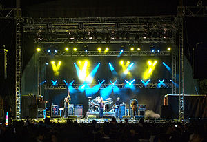 Festival of Friends - Image: Finger 11 Performs on The Festival of Friends Stage 2009