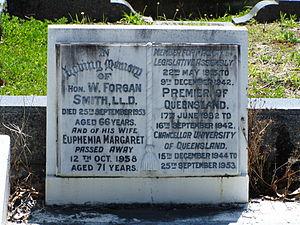 William Forgan Smith - Image: Forgansmithheadstone