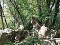 Fort de Loyasse - Tas de pierres.jpg