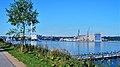 Foto, http-www.fleno.de Blick auf die Werft Flensburg - Flensburger Schiffbau Gesellschaft mbH ^ Co KG von der Fördepromenade Sonwik in Flensburg Auf diesem Foto, Flensburger Schiffbau Gesellschaft mbH ^ Co KG (Marki - panoramio.jpg