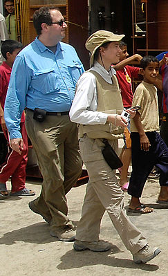 Frederick and Kimberly Kagan in Basra.jpg