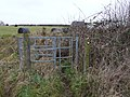 Gate on footpath to Cowley Hill - geograph.org.uk - 1157811.jpg