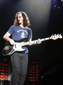 Geddy Lee 2007.jpg