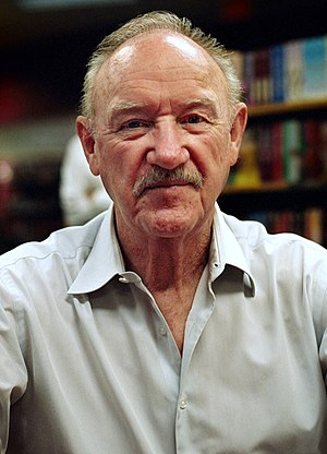Gene Hackman - Hackman at a book signing in 2008