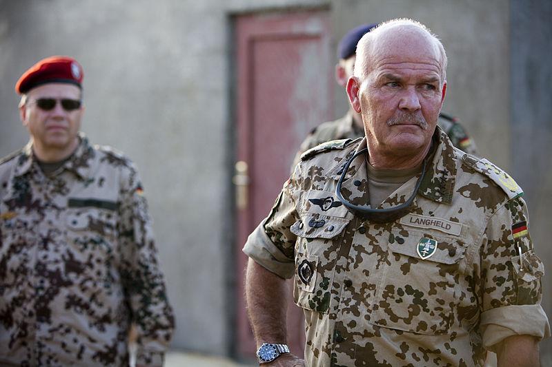File:General Wolf-Dieter Langheld, 2011.jpg