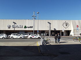 Girona station entrance.jpg
